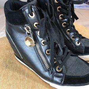 Aldo Wedge Sneaker Heels with gold trim, sz 9